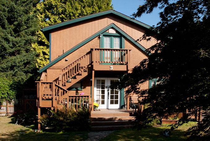 Master Suite at Vashon Garden Cottages
